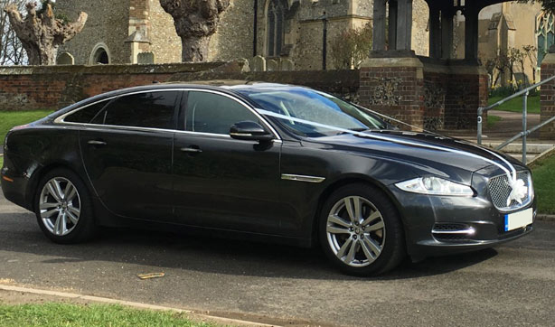 Jaguar XJ LWB (grey)